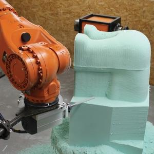 Milling of rigid polyurethane block